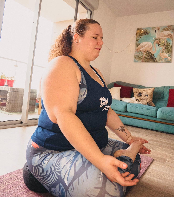 Yoga-class-breath
